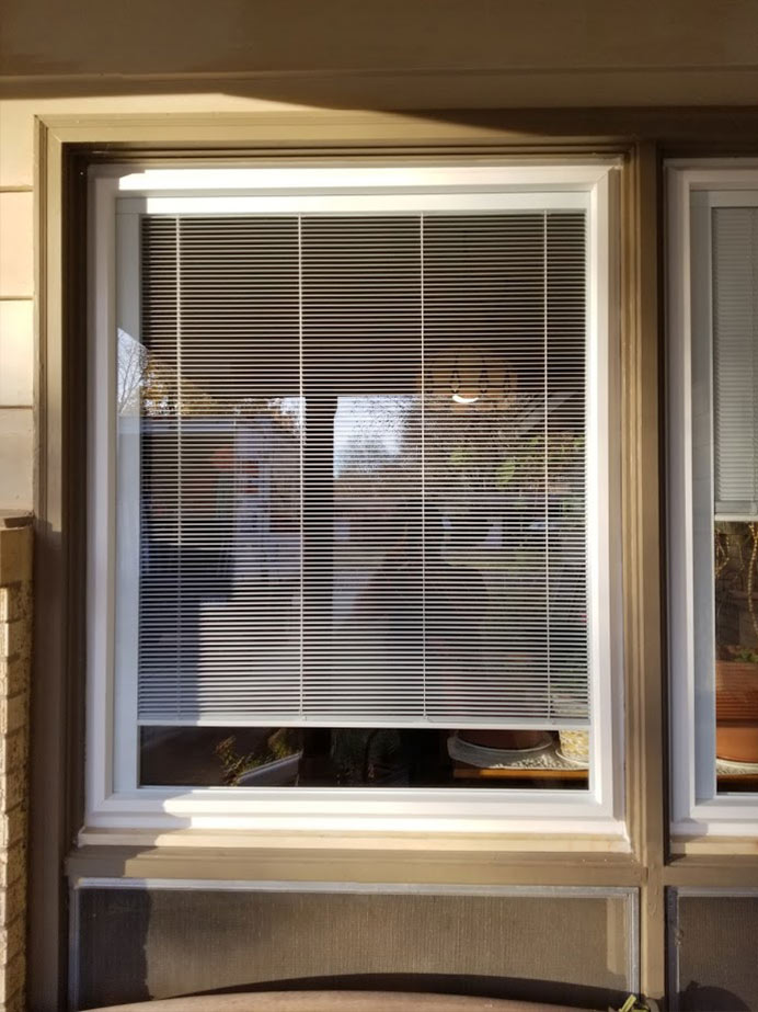 vinyl windows with blinds built in