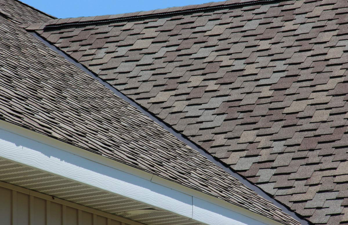 Our residential roofing contractors  just finshed this gorgeous shingle roof. Are you searching, for a reliable roofing contractor near you?