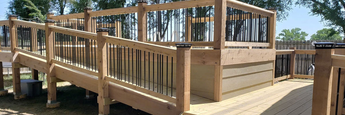 General Contractor for Wood and Composite Deck Building